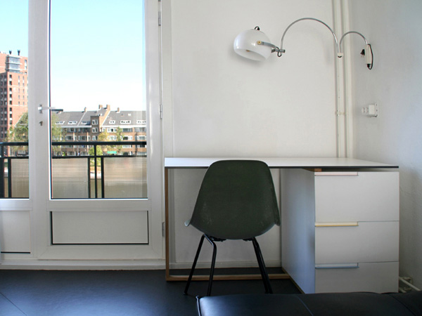 DEX Desk by Reinier de Jong Design