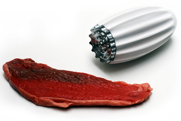 Tender – Meat Tenderizer by Gavin Reay of And-Design for Uutensil