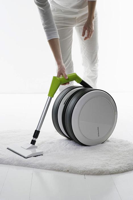 Eclipse Vacuum Cleaner by Erik Andershed