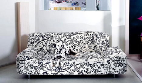 Sofa that Reflects its Designer by Kati Meyer-Bruhl