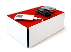 iPod Charge Box by Ding3000 Studio