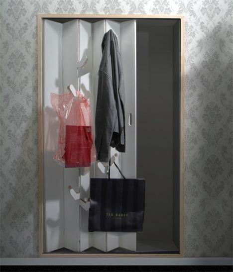 Easy Closet