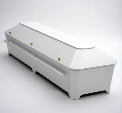 Kista Coffin Shows A Whimsical Love