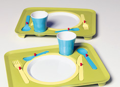 Puzzle Tray Helps Children Set Table Setting
