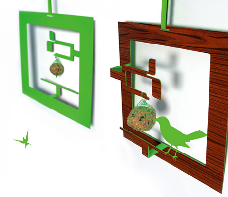 A Birdfeeder That Satisfies All