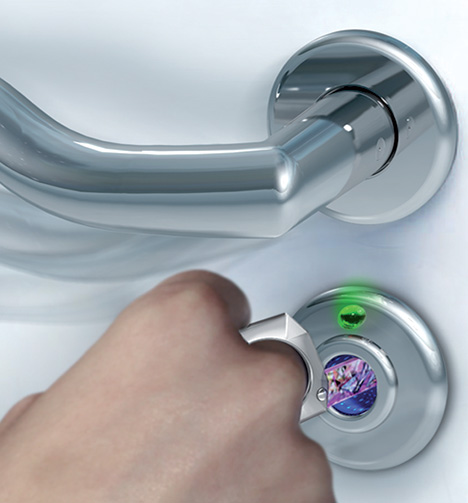 Open-Me Crystal Security Ring by Marcial Ahsayane