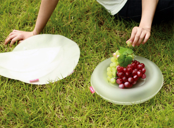 Air Dish Inflatable Plate by Mina Song
