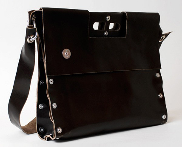 Carga 02 Leather Messenger