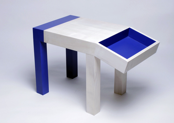 Untitled young person table (Animal) by Quentin de Coster