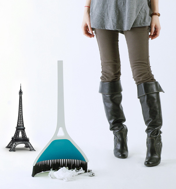 Eiffel Tower In Your House – Dustpan and Broom Combination by Min Seok Song & Jung Gi Seo