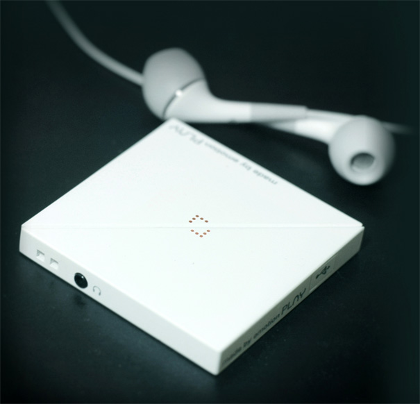 PLAY MP3 Player by Jun Pyo Kim, Keun Sol Kim, Sung Mi Kang & Joo Hee Park