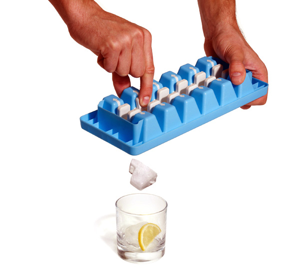 QuickSnap Easy-release Ice Cube Tray by Graeme Davies for Joseph Joseph