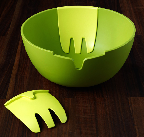 Hands On Salad Bowl With Integrated Servers by Pengelly Design for Joseph Joseph