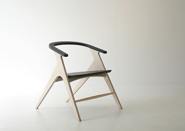 Oblique Chair by Seo Sung-Hyeop