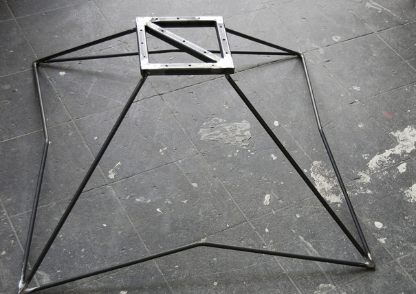 frnkwz-stool04