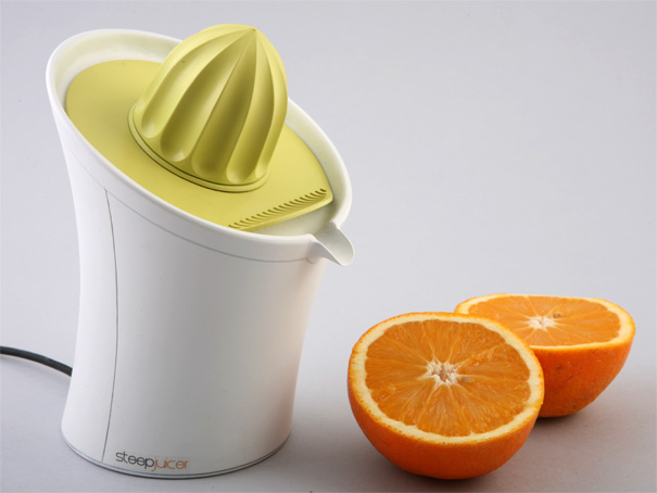 Steep Juicer by Jackob Mazor
