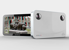 Minimalist 3D Camera is All Smiles