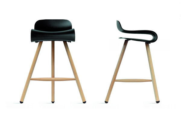 BCN Stool by Studio Harry&Camila