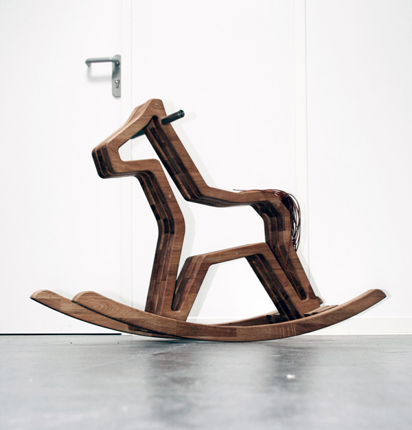 Calidu - Rocking Horse by Günther Schunn