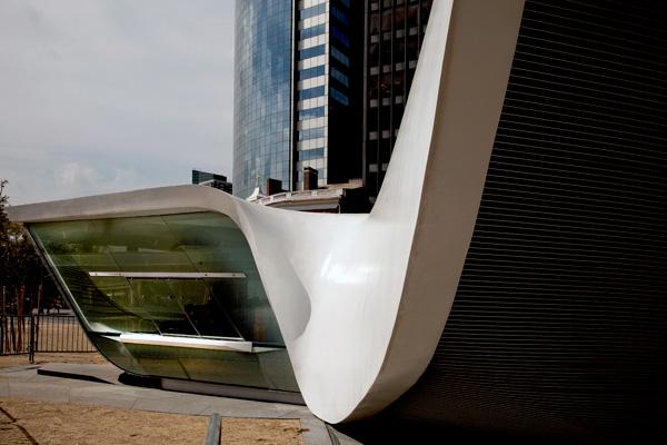 The New Amsterdam Plein & Pavillion by UNStudio
