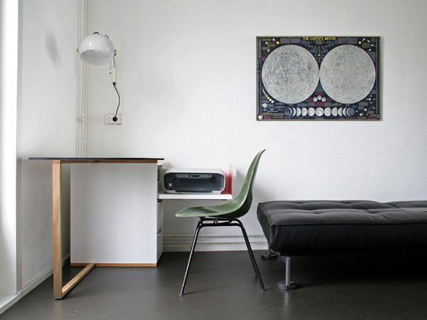 Compact Minimalist Desk Yanko Design