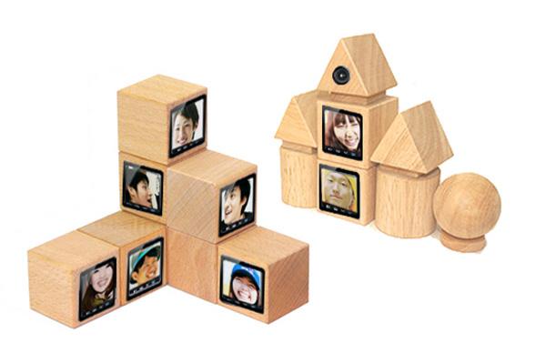 Tomodachi Blocks by Aya Shimada