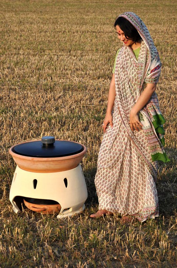 Solar Water Still ~ Everyday solar distiller yanko design