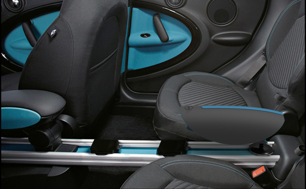 Essence - BMW Interior Space Management Solution by Renzo Menegon