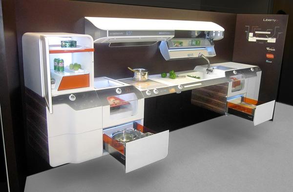 La primera cocina adaptable para personas con discapacidad for Muebles de cocina con ruedas