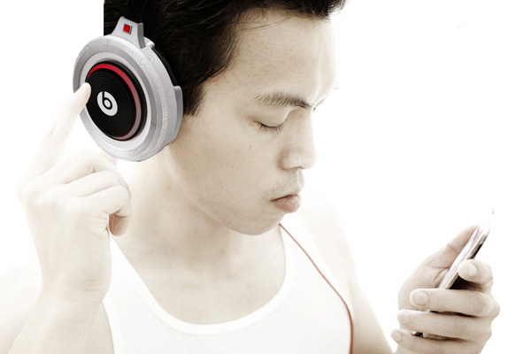 Spin – Concept Headphones by Victor Declety