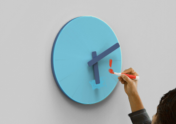 Colour Clock by Shen Yuebo
