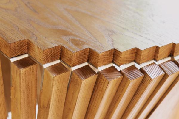 Fascinatingly simple part tre yanko design for Robert van embricqs chair