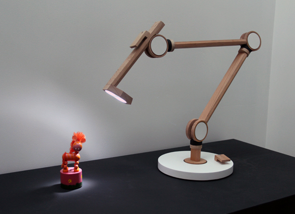 Clamp Lamp by Product Tank