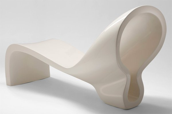 The Long 8 Lounge Chair by Natanel Gluska