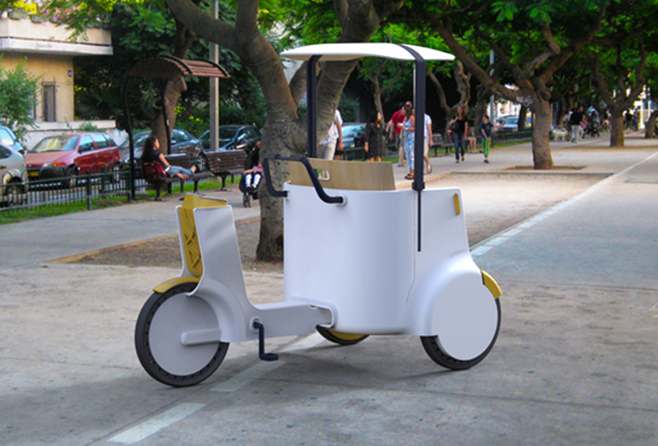 Electric Rickshaw by Jacob Mazor