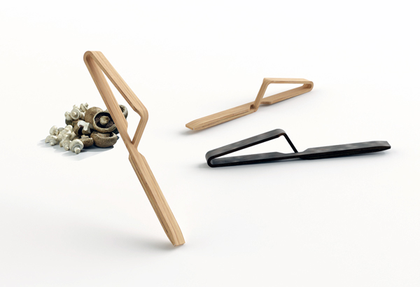 Kitchen Tweezer by CARRASCOBARCELÓ design studio