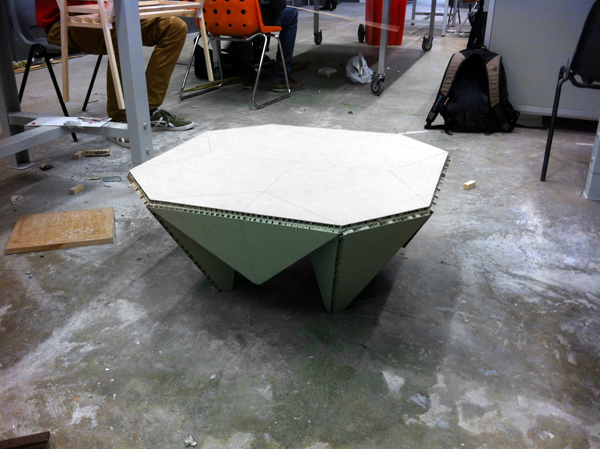 Table-Gami - image  on http://bestdesignews.com