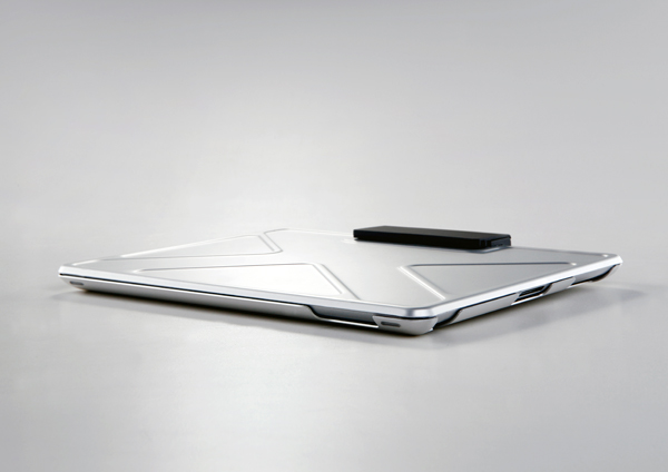 Tank - iPad Case by Andrea Ponti for Innopocket