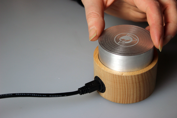 Lone - Single Knob MIDI Controller by Jack Redpath