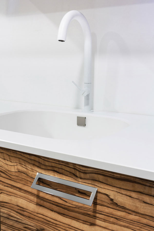 Lau - Kitchen/Bathroom Handle by Viefe