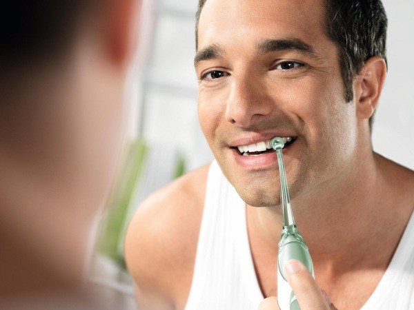 Obsessed with the Philips Sonicare Airfloss