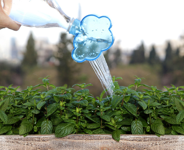 Rainmaker - Cloud Shaped Plant Watering Head by Peleg Design