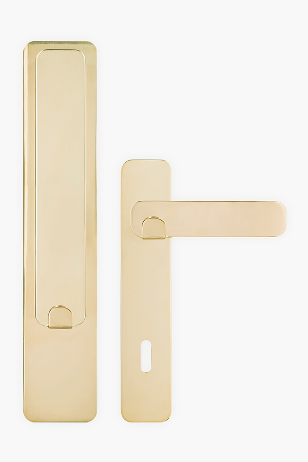 Double Door Knob Use - image tibou_06 on http://bestdesignews.com
