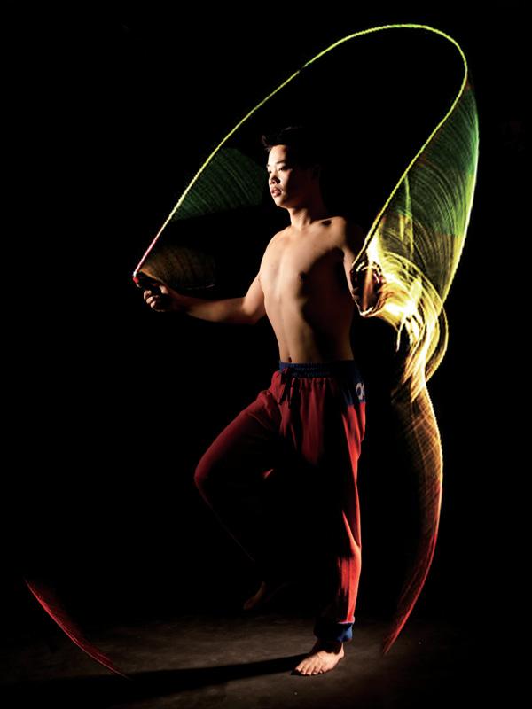 No Red No Stop – Skipping Rope With Illumination by Chen Xuyan, Fang Zhipeng, Gao Yuxiang, Lai Shengqi, Sun Duojun, Tang Chunhua, Yu Mengling & Zhou Tengjiao