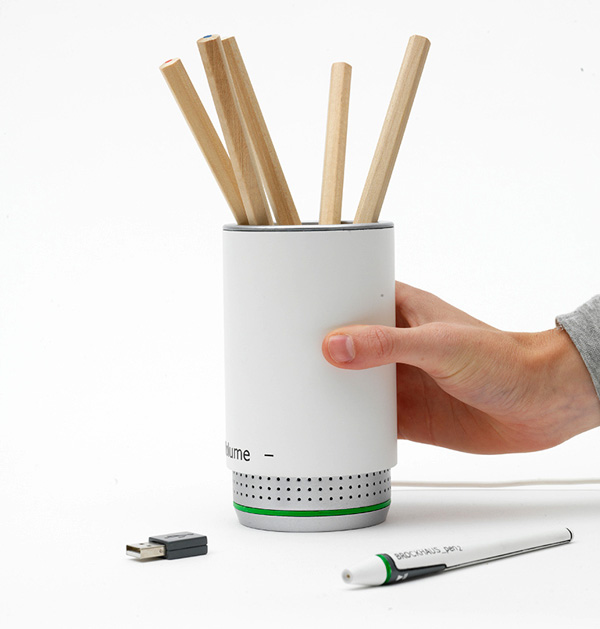 PEN2 Multimedia Device by Miriam Schmitt, Christopher Prenzel & Julian Schwarze