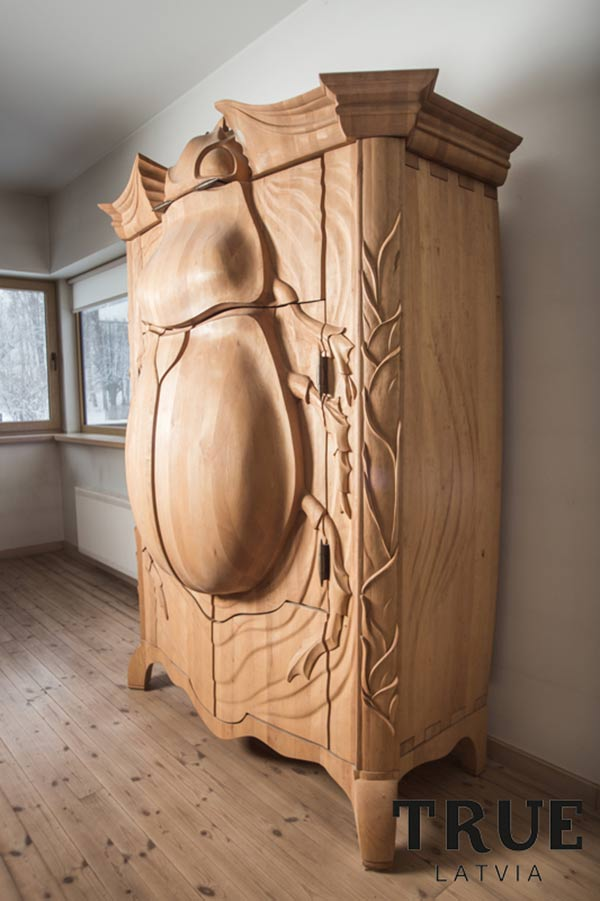 BUG - Armoire by TRUE Latvia