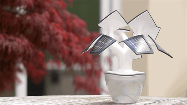 Electree - Solar Charger by Vivien Muller