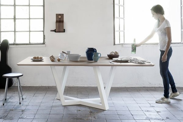 Dedalo  Table By Formabilio