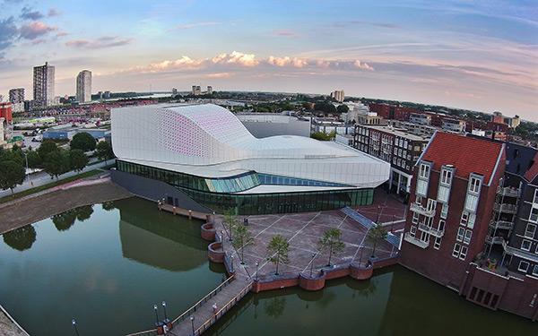 Theatre de Stoep in Spijkenisse by UNStudio