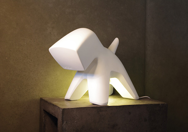 Well-Endowed Doggy Lighting - image richard_02 on http://bestdesignews.com
